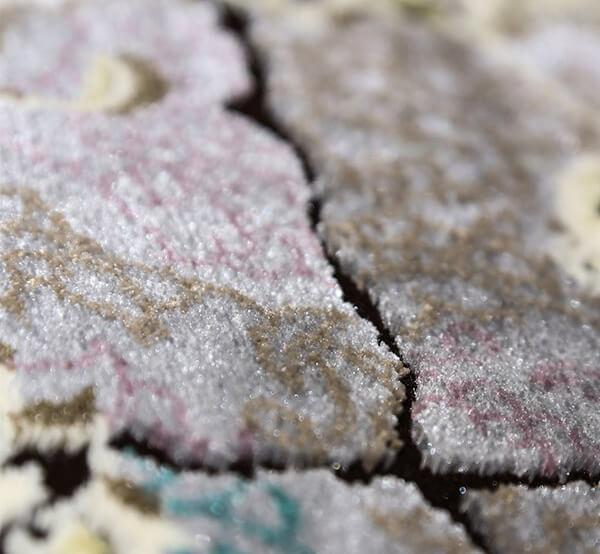 فرش 700 شانه دیبا طرح تندیس قهوه ای