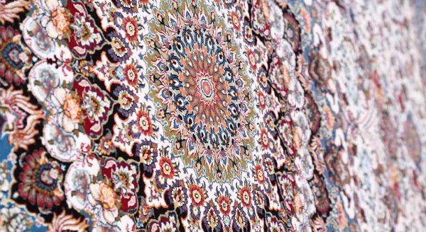 فرش محتشم 1200 شانه طرح شاهانه کرم