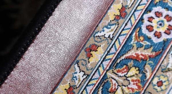 فرش ماشینی 1000 شانه محتشم طرح افشان زمینه سرمه ای