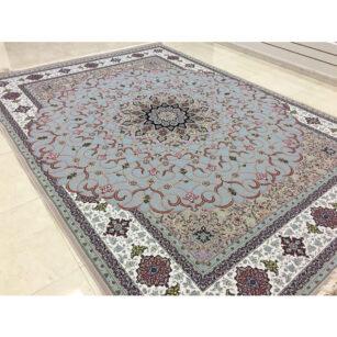 فرش شاهکار صفویه طرح شبستان گل برجسته (هایبالک) زمینه فیلی