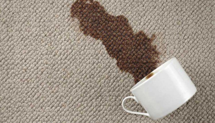 پاک کردن انواع لکه ها از روی فرش