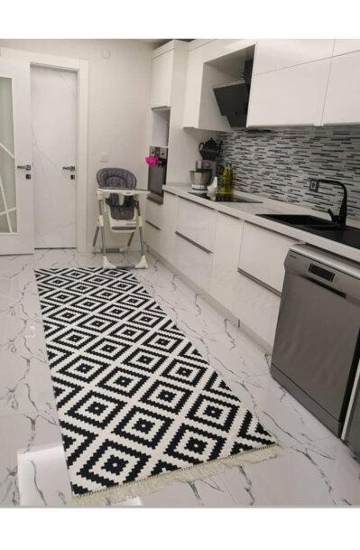 فرش ماشینی کناره مشکی,سفید کلکسیون ورساچه طرح QB2074 ( سایز دلخواه )