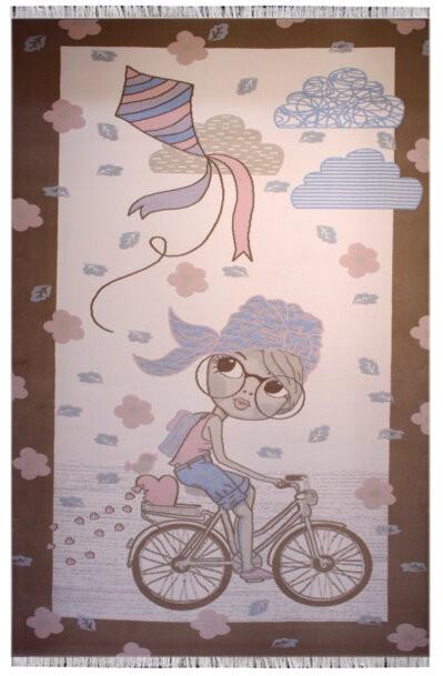 فرش ماشینی اتاق کودک طرح دختر دوچرخه سوار کد 111