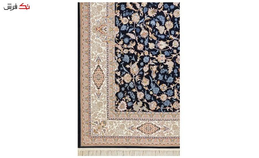 فرش ماشینی ارغوان طرح افشان اصفهان زمینه سرمه ای گل برجسته