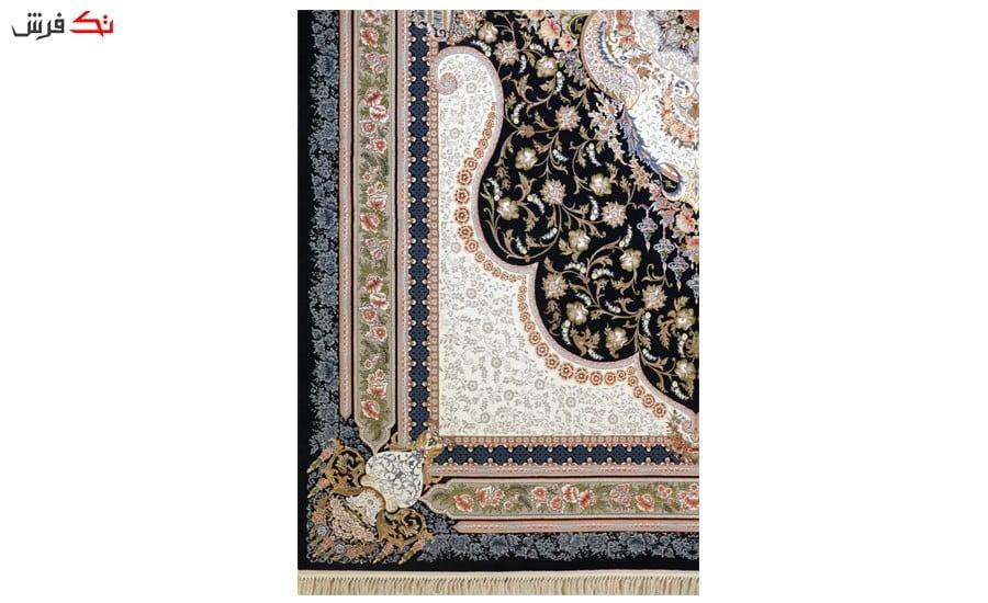 فرش ماشینی ارغوان طرح ترانه زمینه سرمه ای گل برجسته