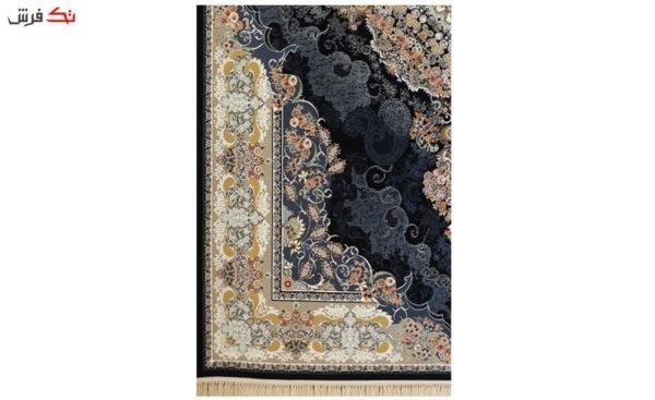فرش ماشینی ارغوان طرح جزیره زمینه سرمه ای گل برجسته