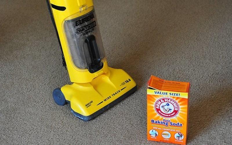 چطور از شر بوی بد سیگار از روی فرش راحت بشیم