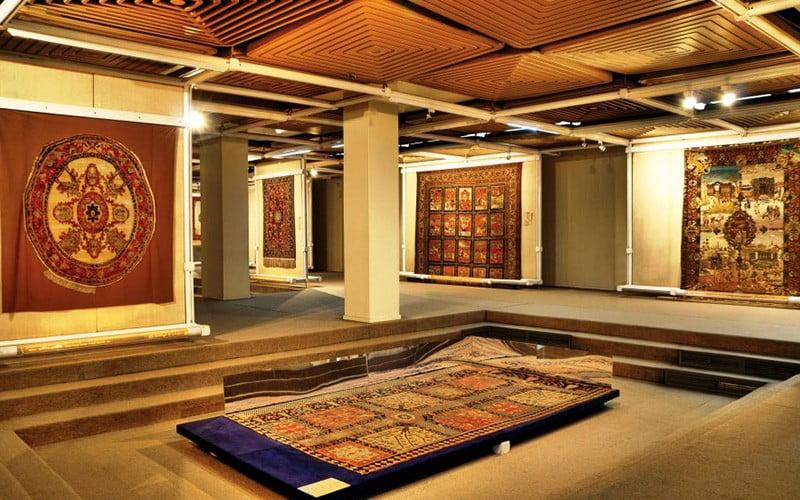 ساختمان موزه ملی فرش ایران
