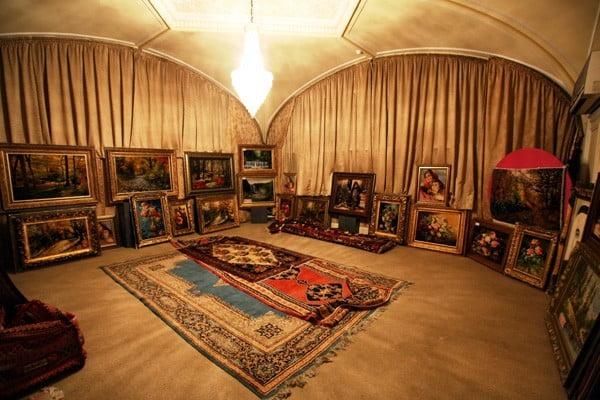 گشت و گذار در موزه فرش ایران